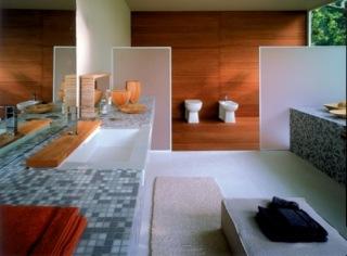 Badrummet kommer från Jacuzzi och heter Aura/Aruba