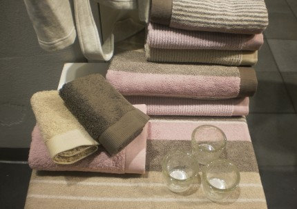 Bilden visar Mexx produkter i AG Pherssons monter på mässan